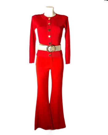 rode pullover met bijpassend broek